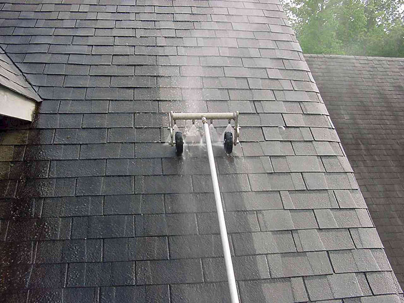 Exterior House Cleaning Services – Cleaning Roof Shingles